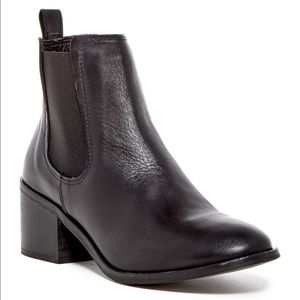Steve Madden City Chelsea boot